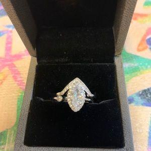 white gold tone wedding ring set
